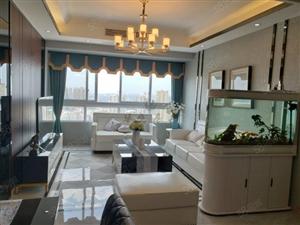 龙湖核心位置精装两室房东急售有钥匙随时欢迎看房