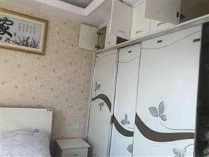 急售龙泽府第精装修四房产证满两年无税