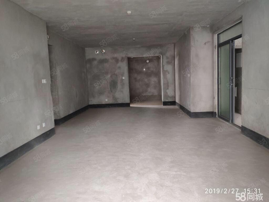 丽雅龙城霸气4房看江看中庭赠送70平米大阳台