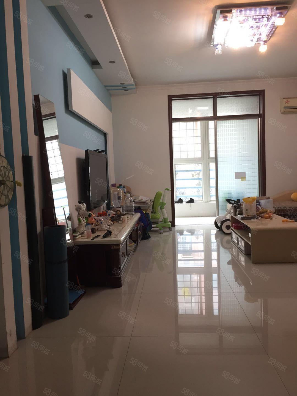 清华园华府山水3室2厅2卫128平米精装修步梯二楼