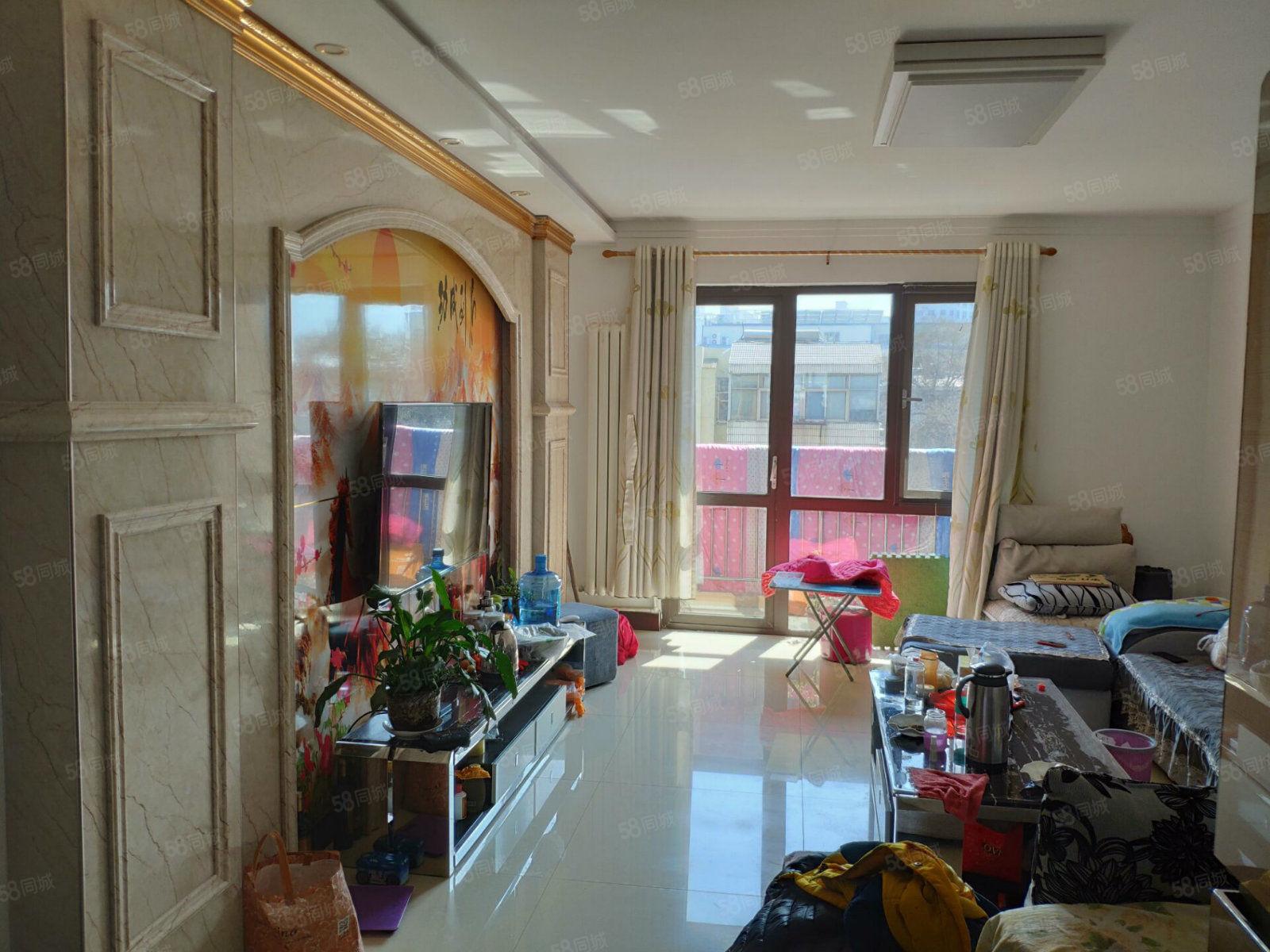 优品天地精装2室2厅电梯洋房客厅主卧朝阳满两年可贷款
