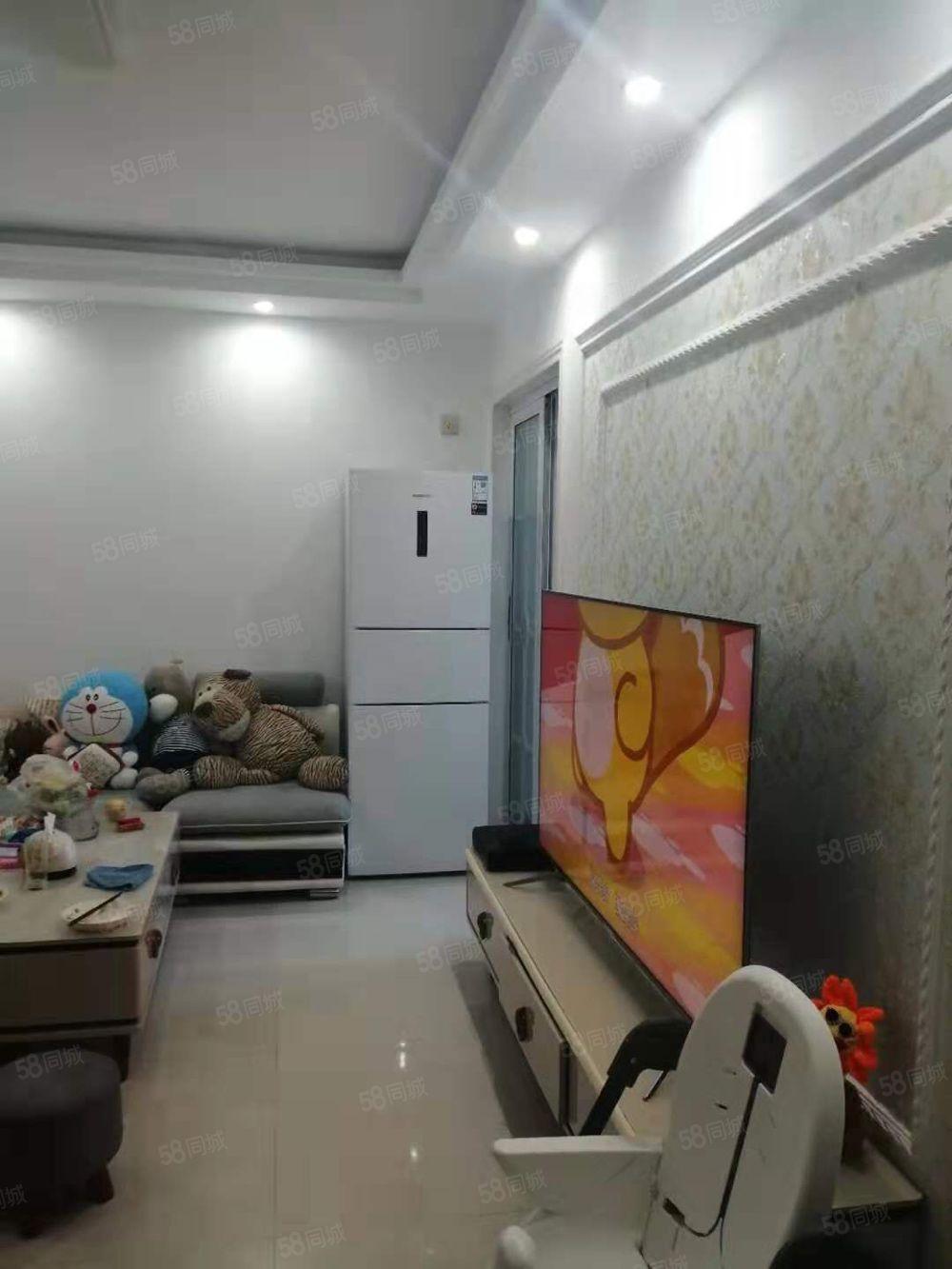 卧龙湾高层7楼两室精装修运河风光带边送储藏室18平米