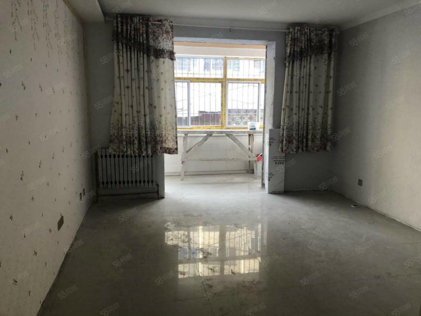 珠泉路(瑞祥小区)精装大两室带车位地下室低楼层养老无忧!