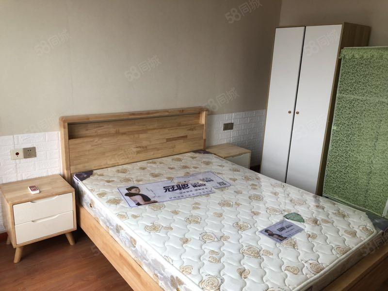 夢想公寓小兩室51平單價只要7000塊可租1800每月