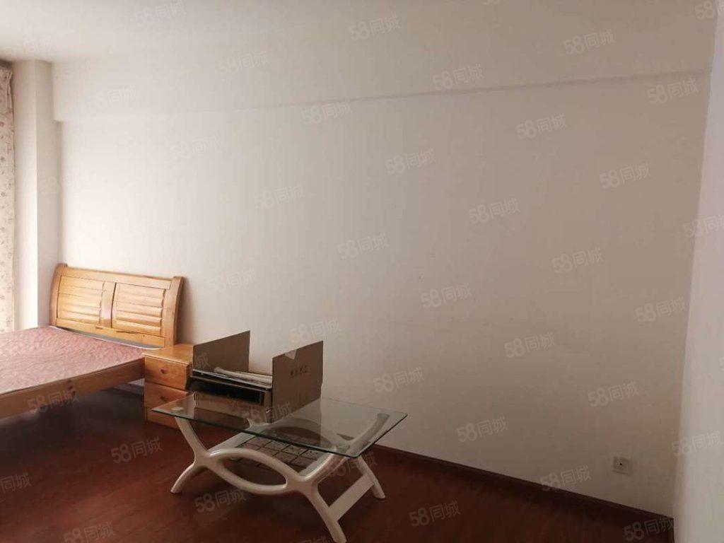 沃尔玛附近时代广场单身公寓带全套家具家电便宜澳门金沙平台