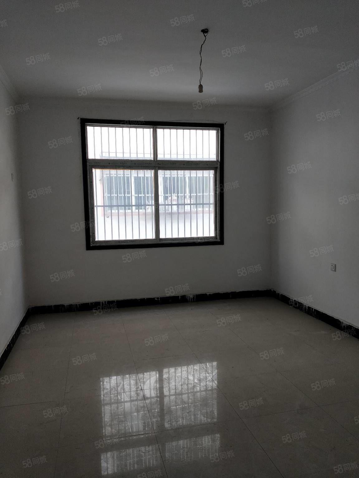 出租育才路二楼简单装有床全天阳光