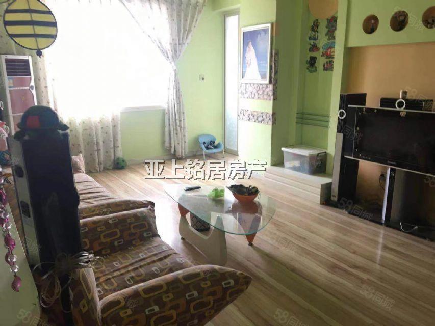 莲湖东路南鑫座10楼简装两室有证可做按揭!