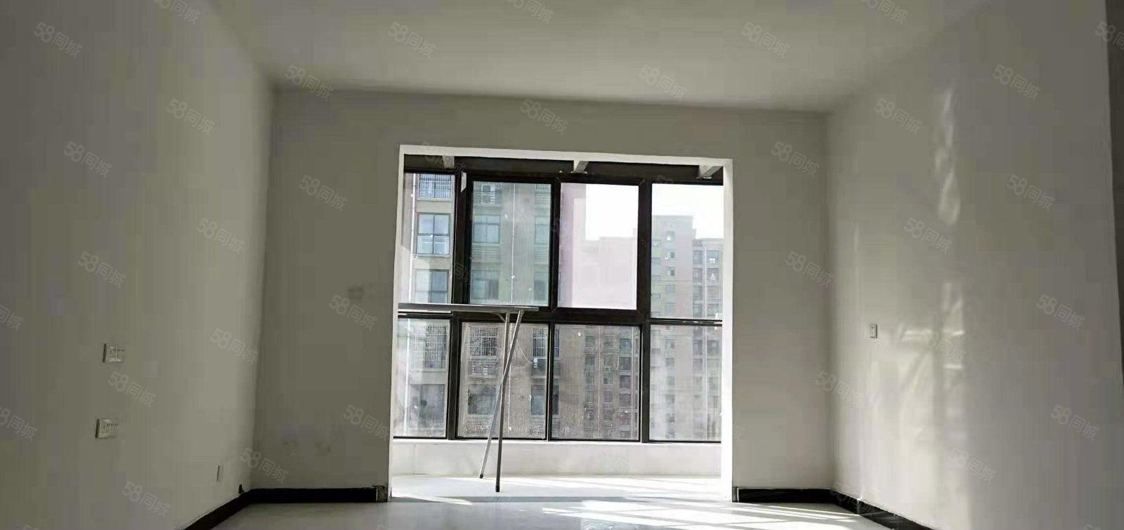 鼎华时代广场新装修三室澳门星际网址空房一年八千五采光好户型好