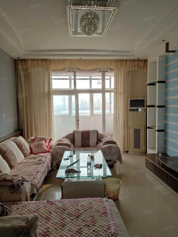 西关梅苑新村三房两厅两位简单装修拎包入住