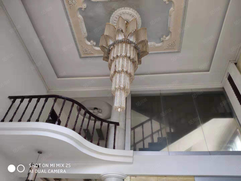 6.6米超高挑空,復式帶閣樓,帶50地下室,大產權可過戶