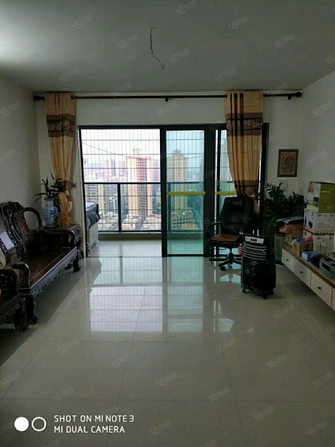 财富名门精装修4房2厅