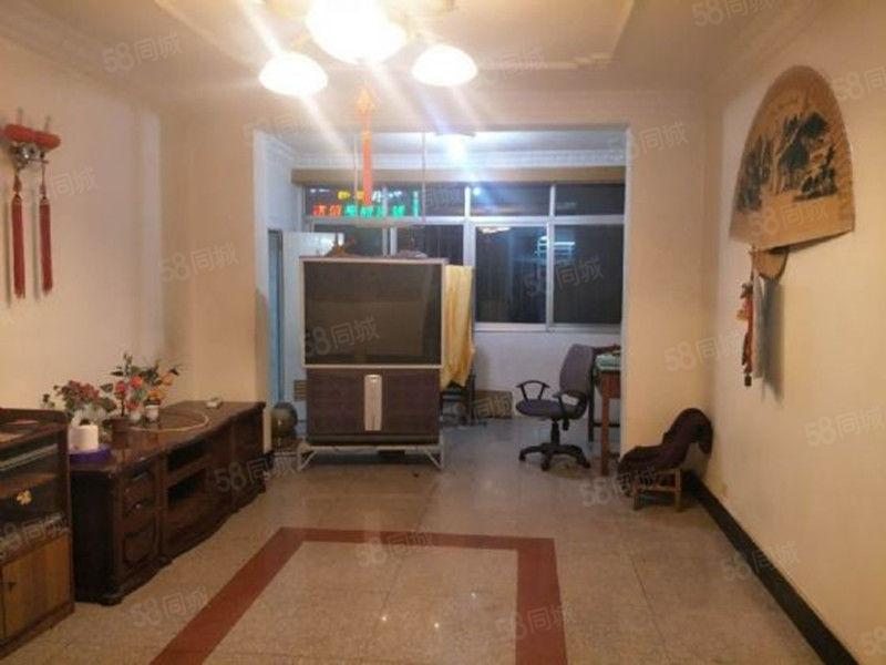 龙马路国税局3室精装修带家具家电拎包入住生活停车方便