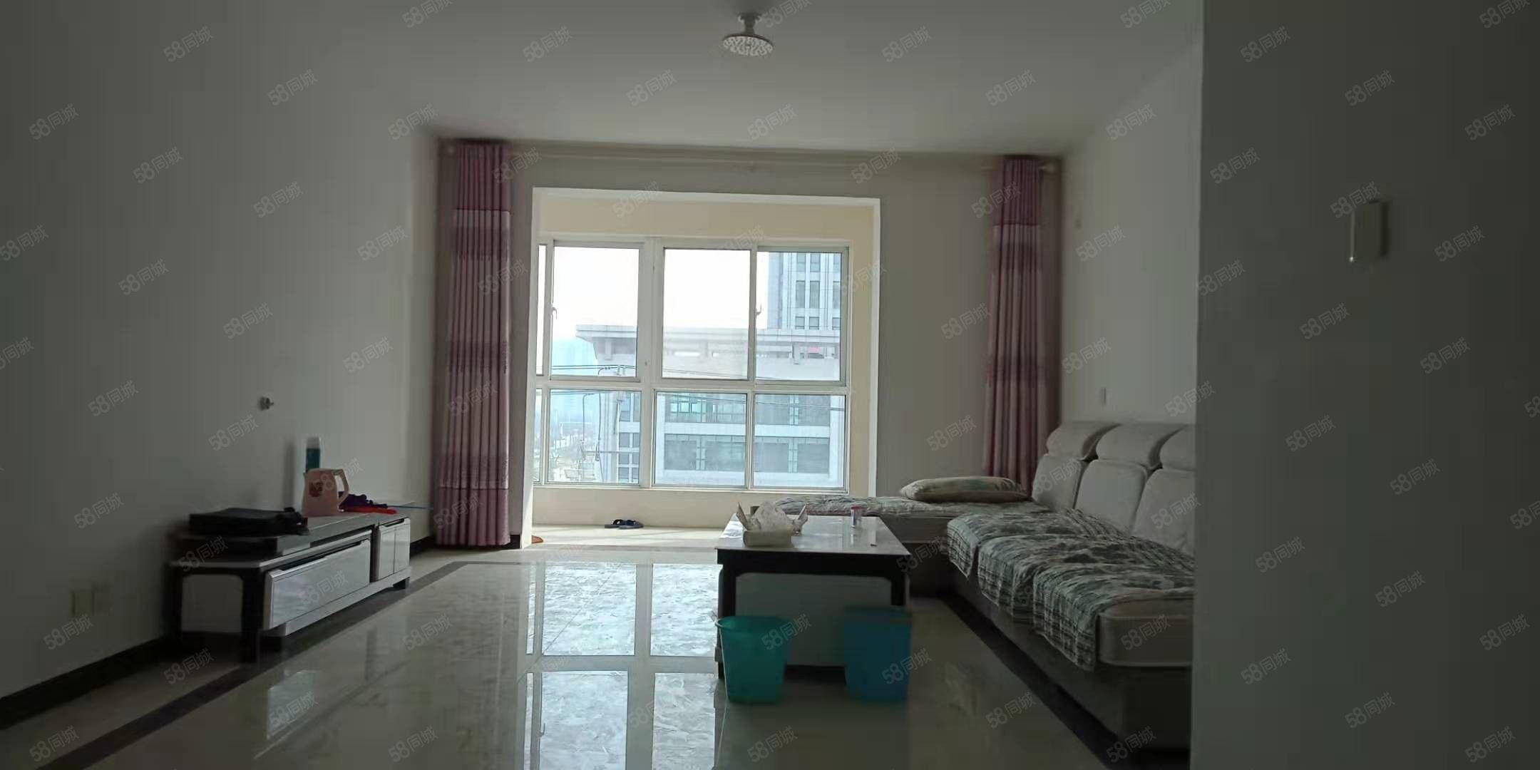 出售和谐佳苑电梯5楼145平,3室2厅精装,前无遮挡,可分期