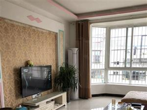新城县中对面弘扬新城精装3房学期房业主诚心出售