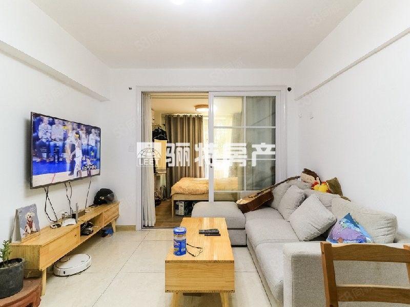 金山萬達旁標準兩房小清新風格裝修總價低拎包入住