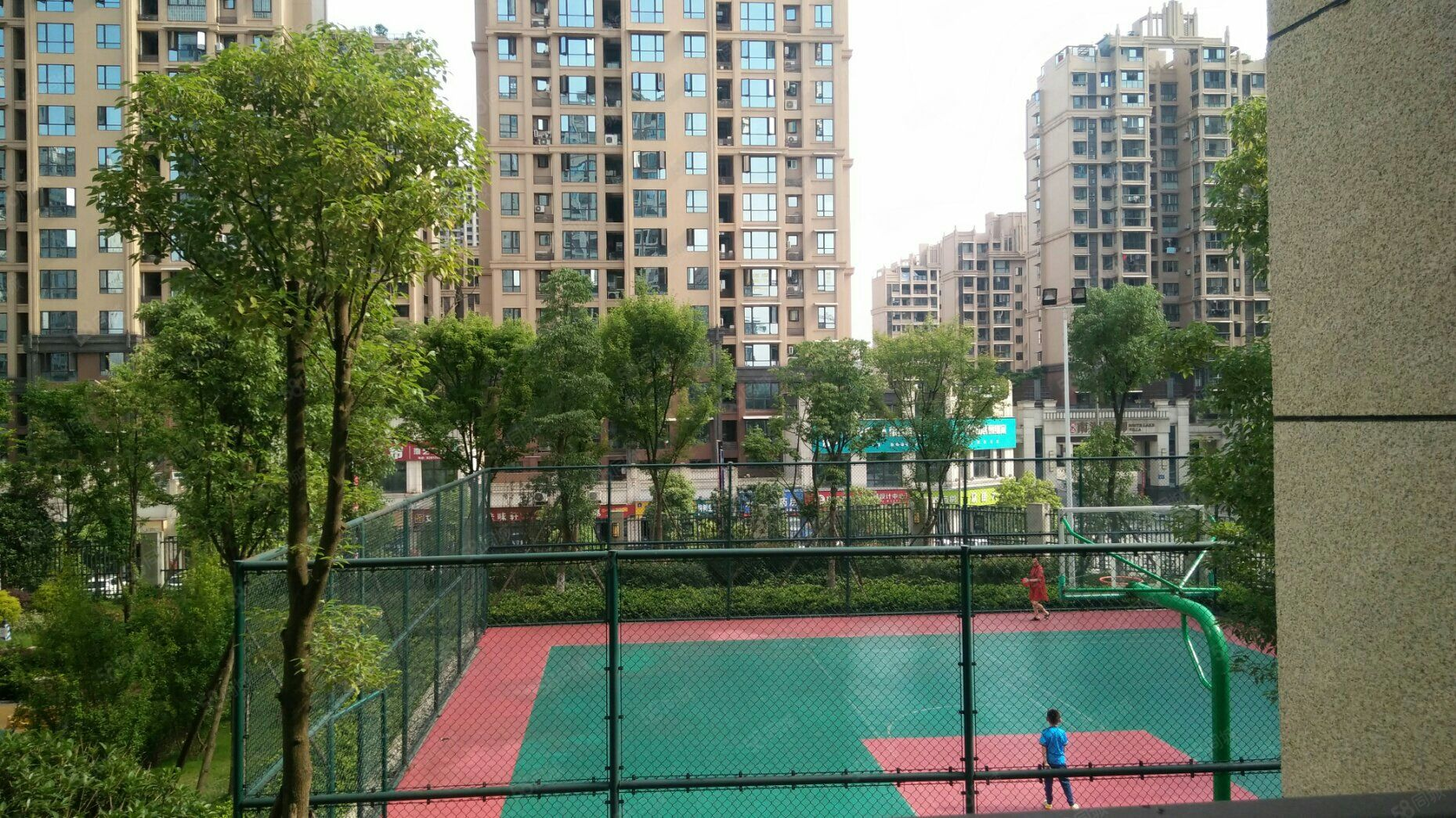 華商公園里對中庭2室2廳1衛1陽臺毛坯使用面積大樓層好
