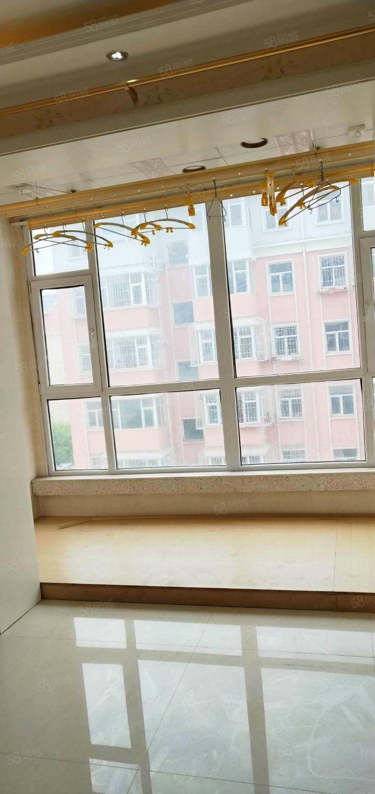 急售厚德園新裝修四樓,可貸款,費用全清,拎包入住