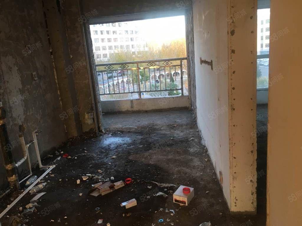南山新苑此楼层为4楼不把房山可贷款