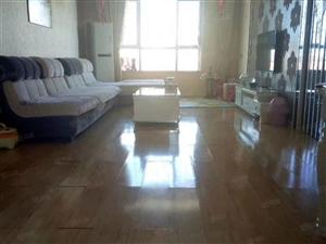 万盛紫金苑102平米三室两厅户型好房子干净整洁拎包