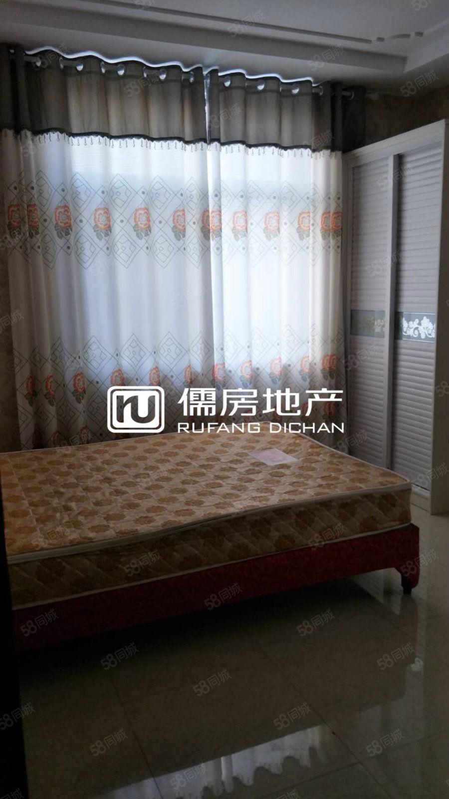 江洲西路精装修单间,家具齐全,拎包入住.