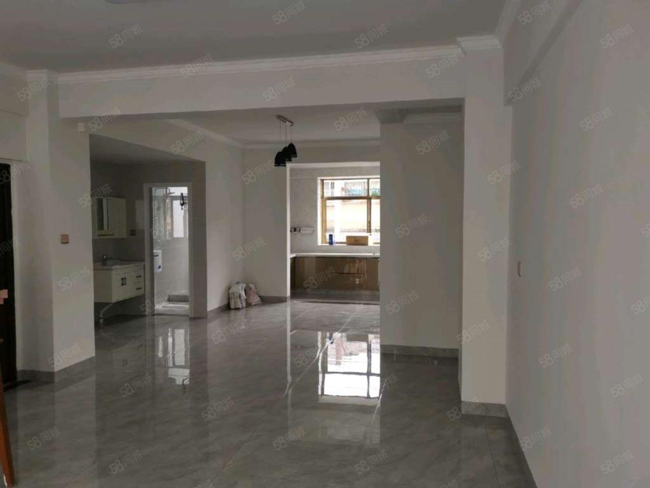 三木小区新装修住房出租3室2厅1卫