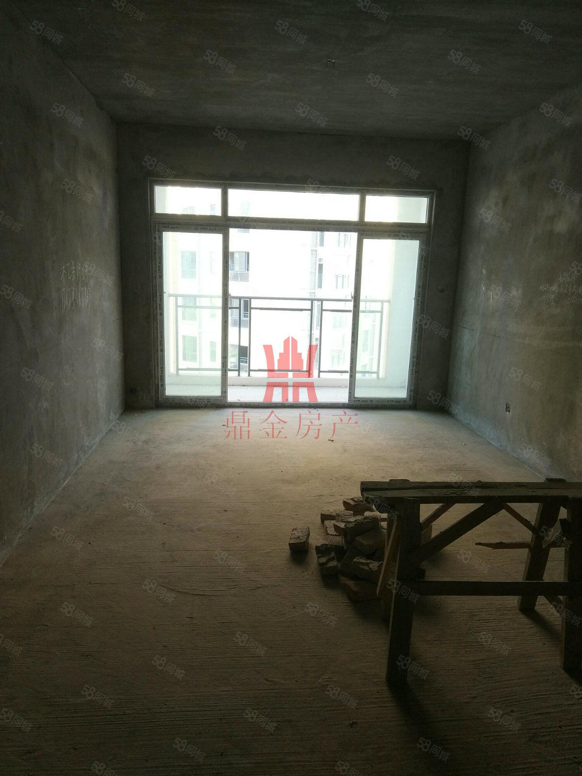 明珠上海城100平方三房兩衛采光很好陽臺很大住家很安靜