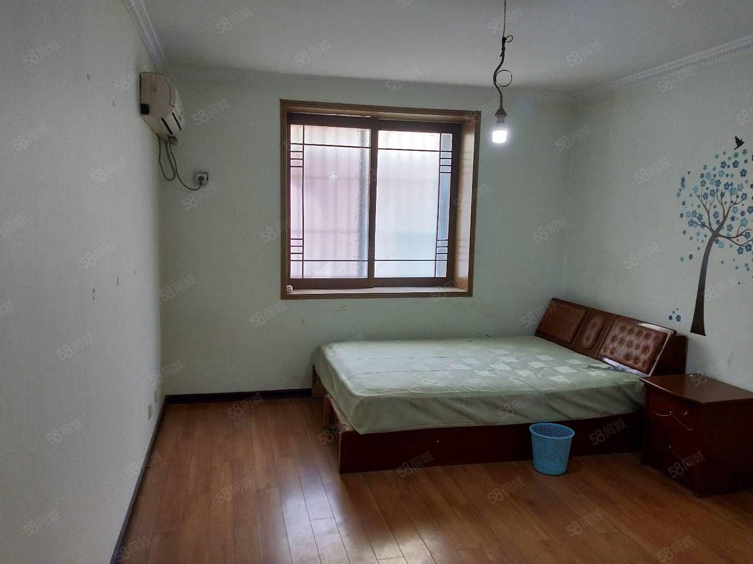 天潤苑高層兩室96平滿五唯一,有鑰匙隨時看房67萬