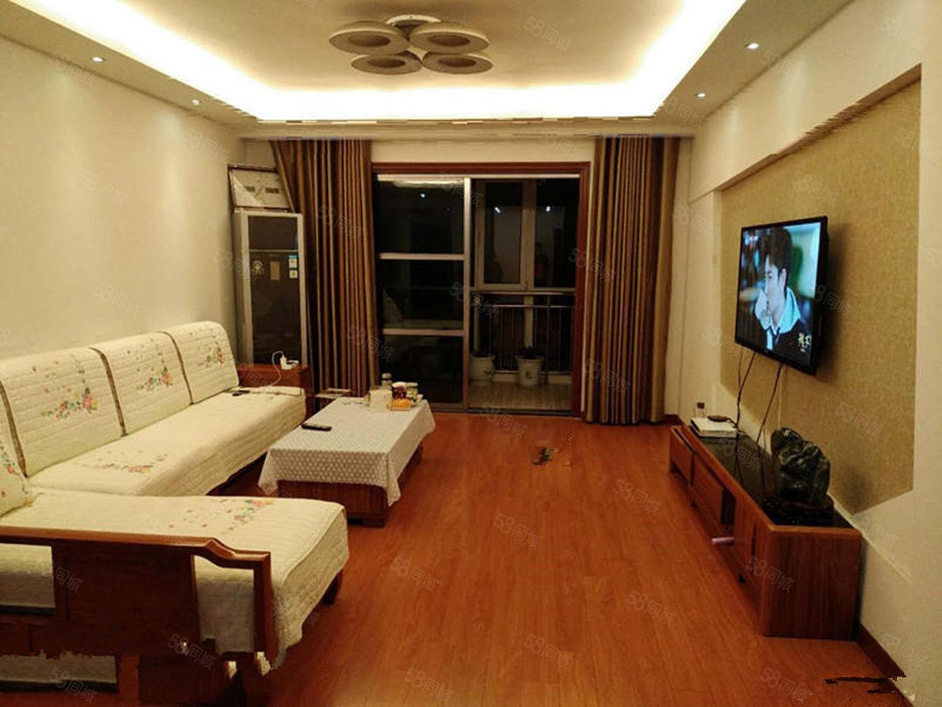 �A英嘉�@三居室精�b修西���93�f出售送全套家具家�