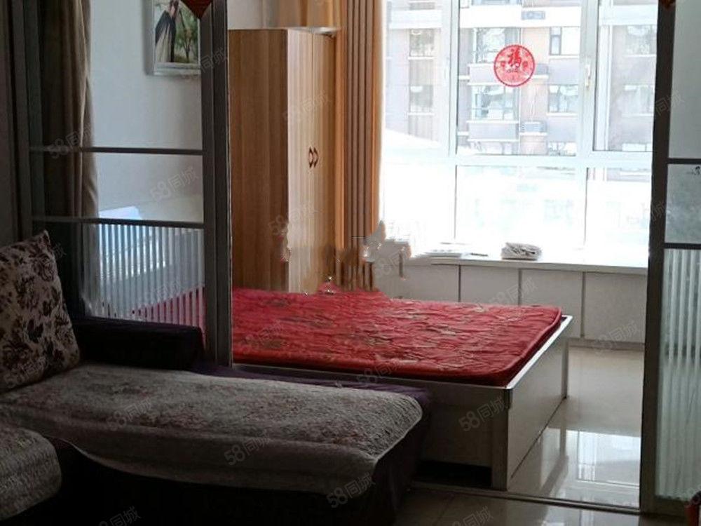 实拍,精装两室,颐和文园,家具家电非常全,月租2200元