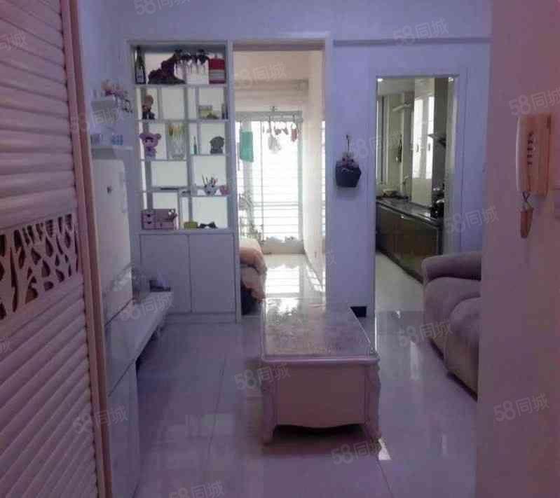 moco新世界精装一室,家具家电齐全,拎包入住
