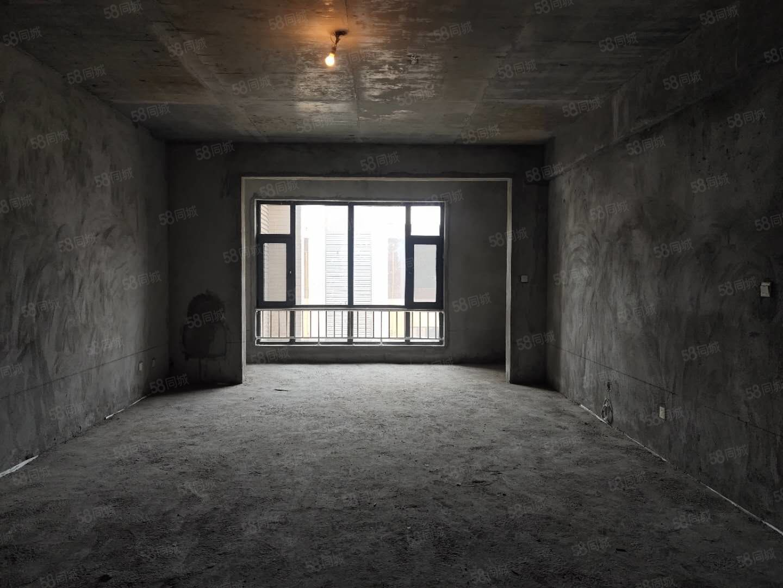 4200元每平房米大產權三居室可直接改名字