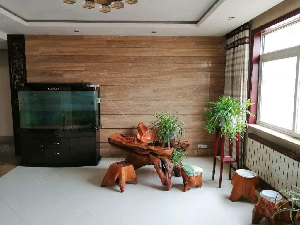 二十一世紀百合小區大兩室精裝修拎包入住