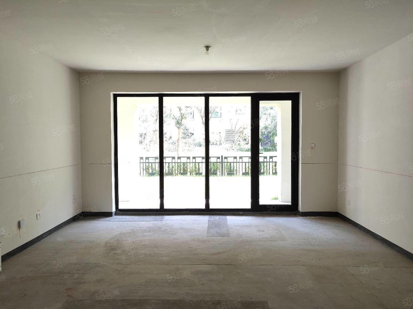 大阅城旁世茂悦海二期一楼带80平米大院子纯改善现房