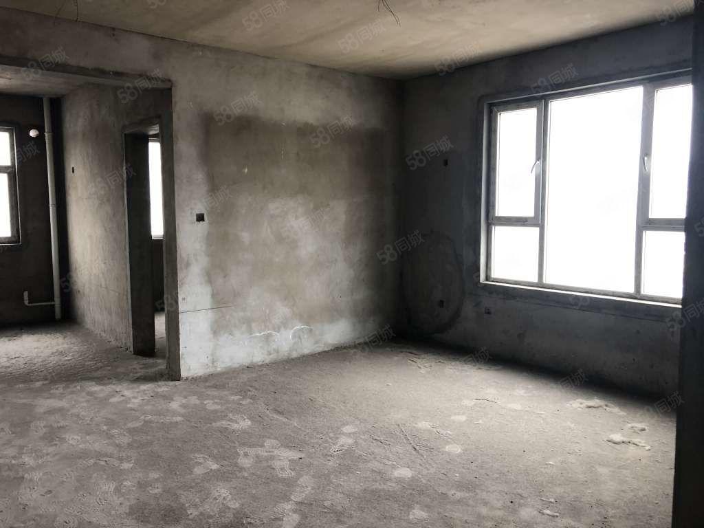 易旺居房產力推廣場邊早市東旺角新苑可貸款滿兩年