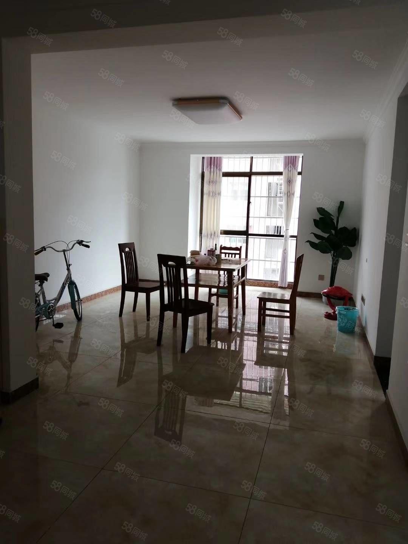 香江国际小学对面三室出售