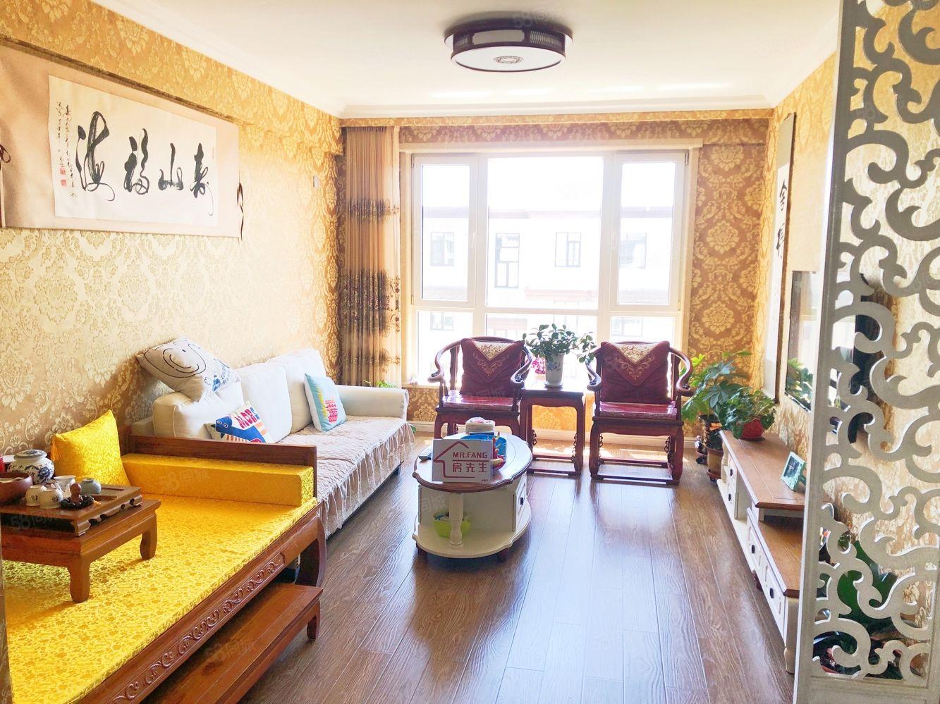 步梯125平超级大三室,装的特别