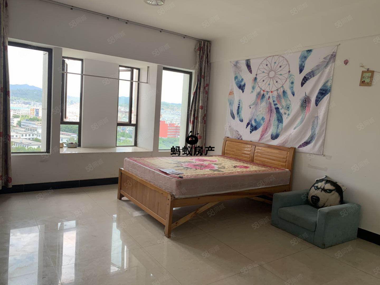 创基城中豪华商业区温馨公寓带家具购物生活方便