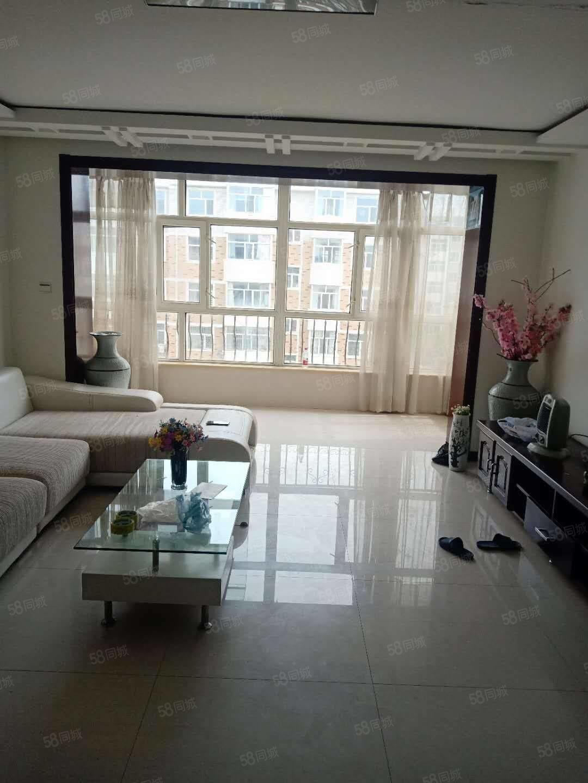 龍興家園正五樓121.7平兩室一廳南北通透帶家具,新