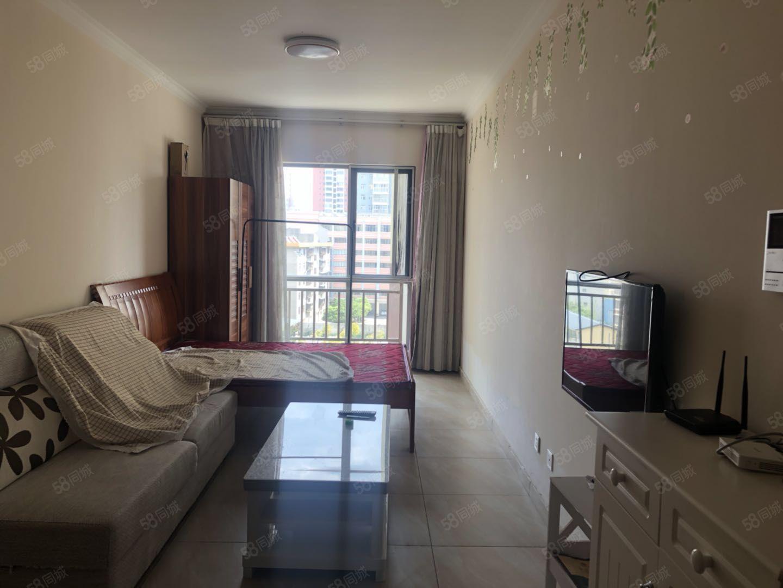 一中旁精装修公寓澳门金沙平台,带有家具,干净整洁随时入住!