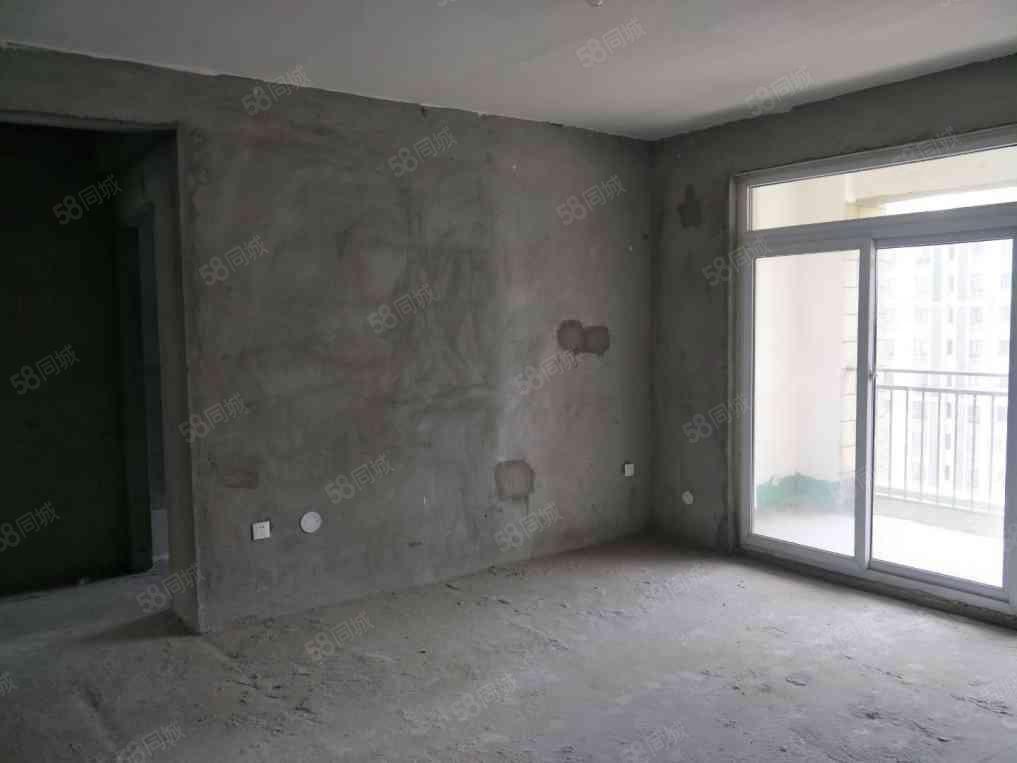 东来尚城电梯高层117平米毛坯首付30万72万