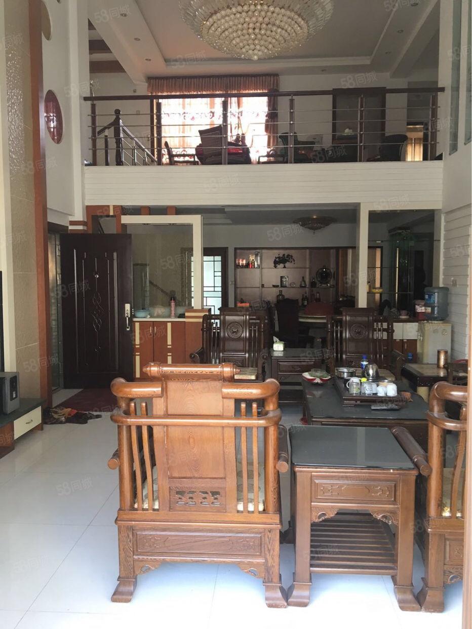 1.东门凯悦花园楼中楼、己装修、拎包入住