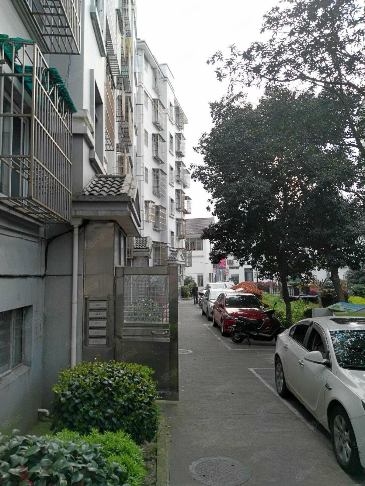 东河北路70平方2室1厅精装修商品房空调2个样样有出租