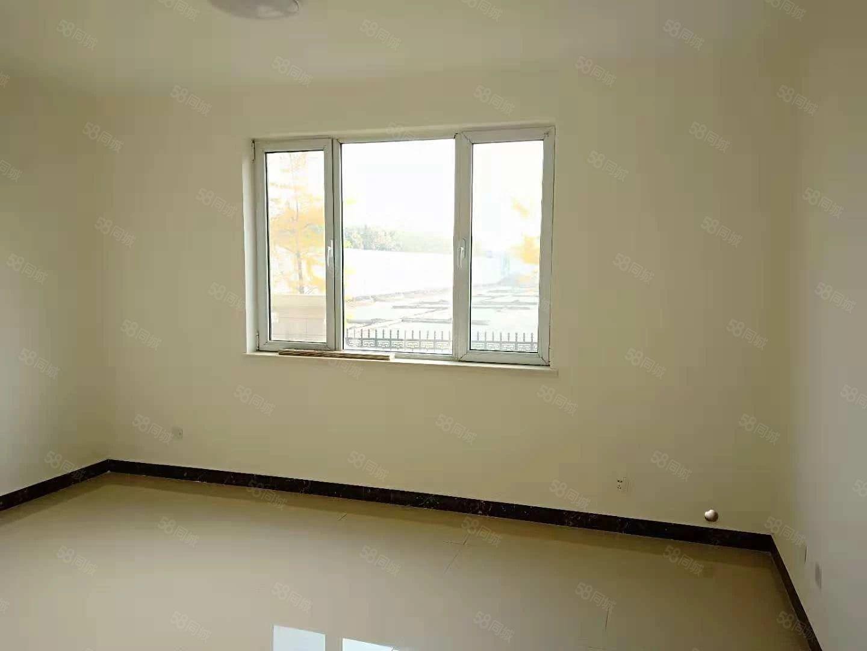 水泉社区精装新房未住,家具家电齐全拎包入住随时看房泰盈对面