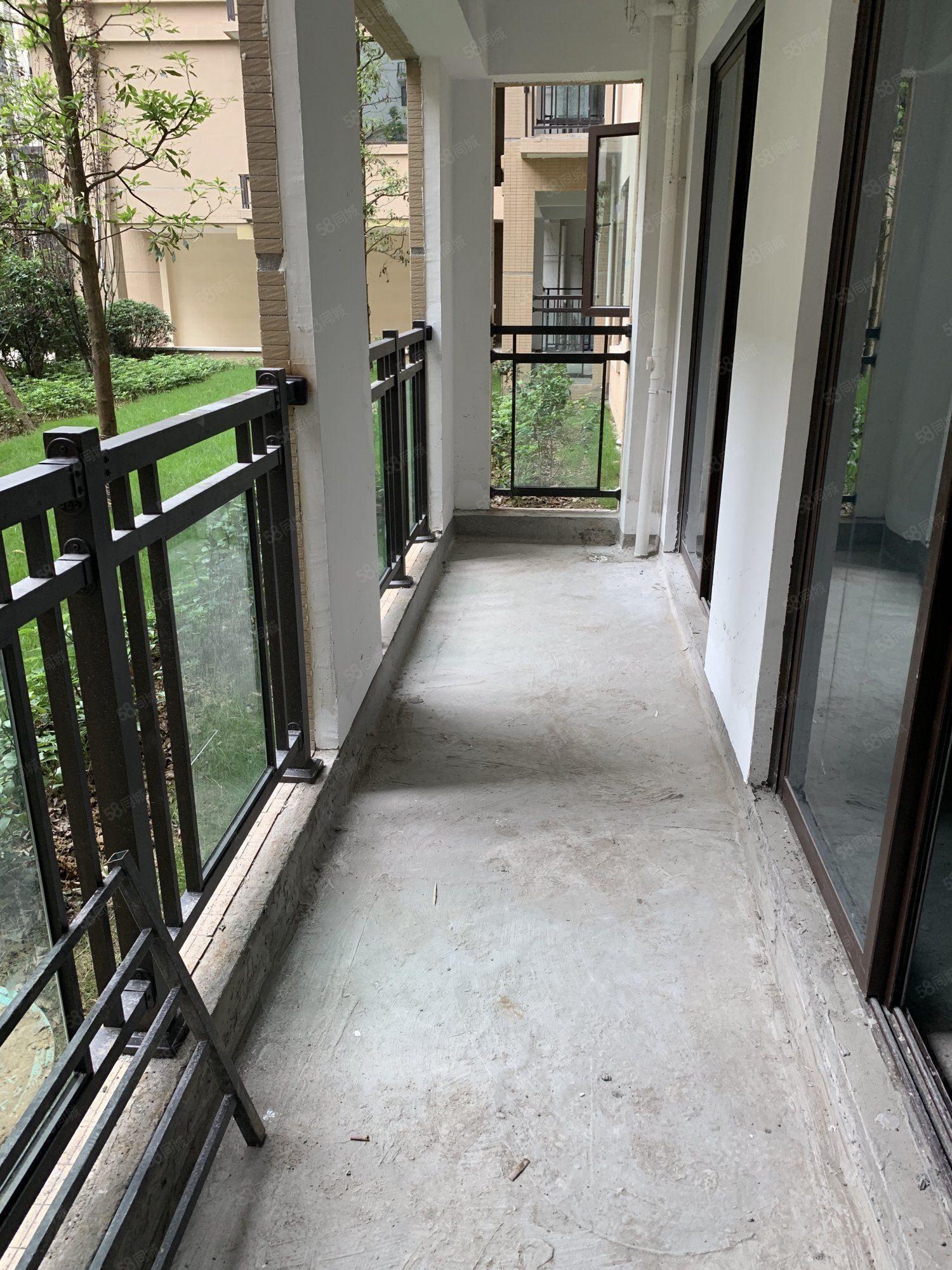 西城郡四期小高層3室清水.超大雙陽臺通透戶型