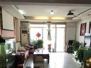 香榭丽舍,小高电梯主房174平,3室2厅2卫带车位售163万