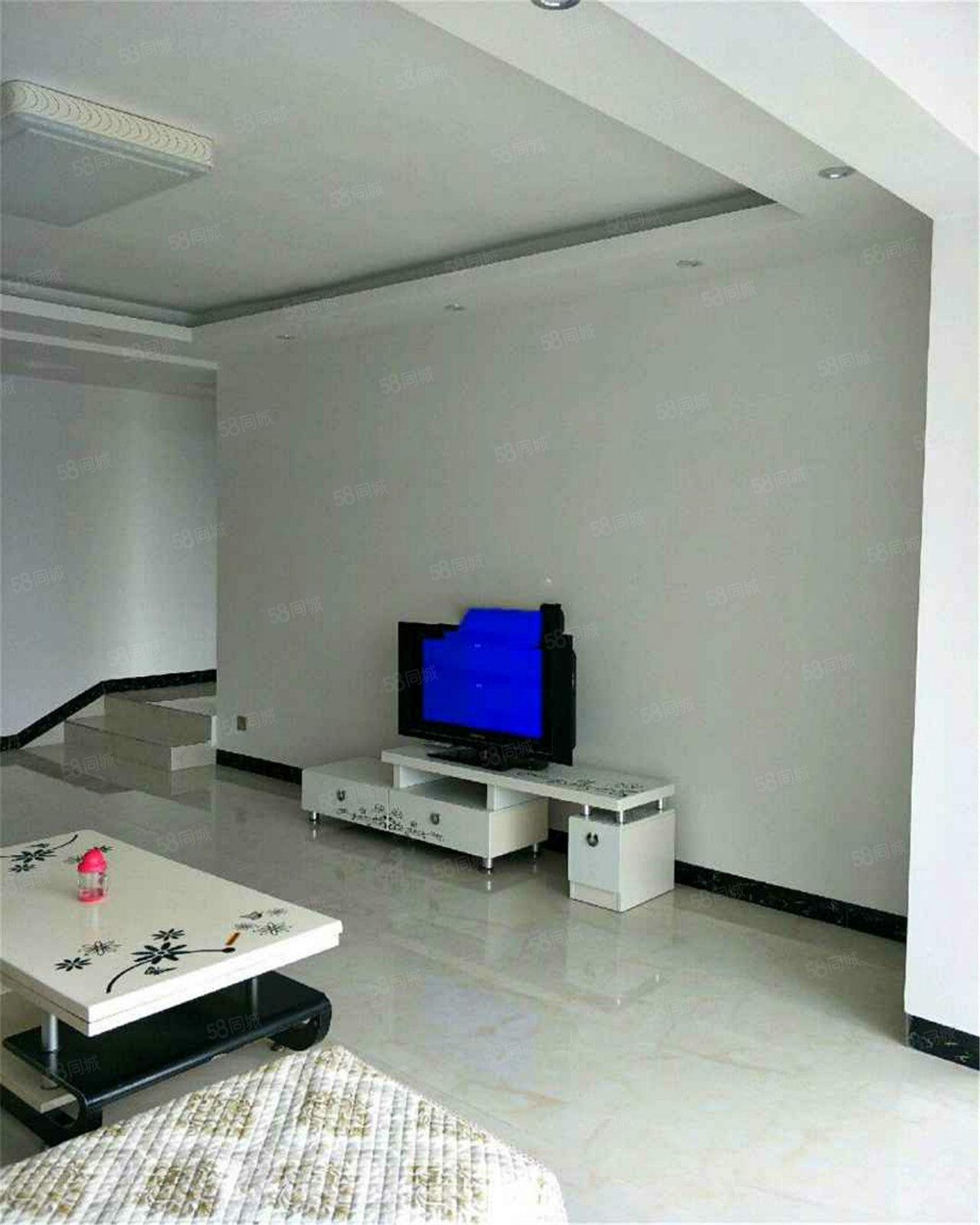 三和新城家具家电齐全3室2厅2卫拎包入住