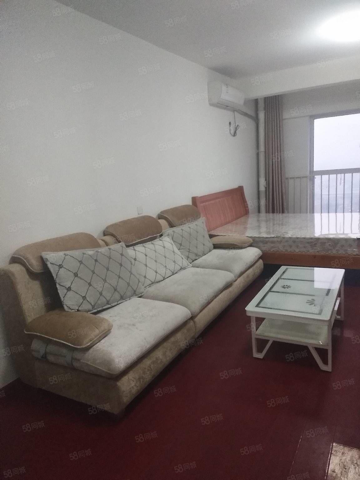 专业出租公寓,御园公寓,鸿儒国际,美多现代城,金泰华城