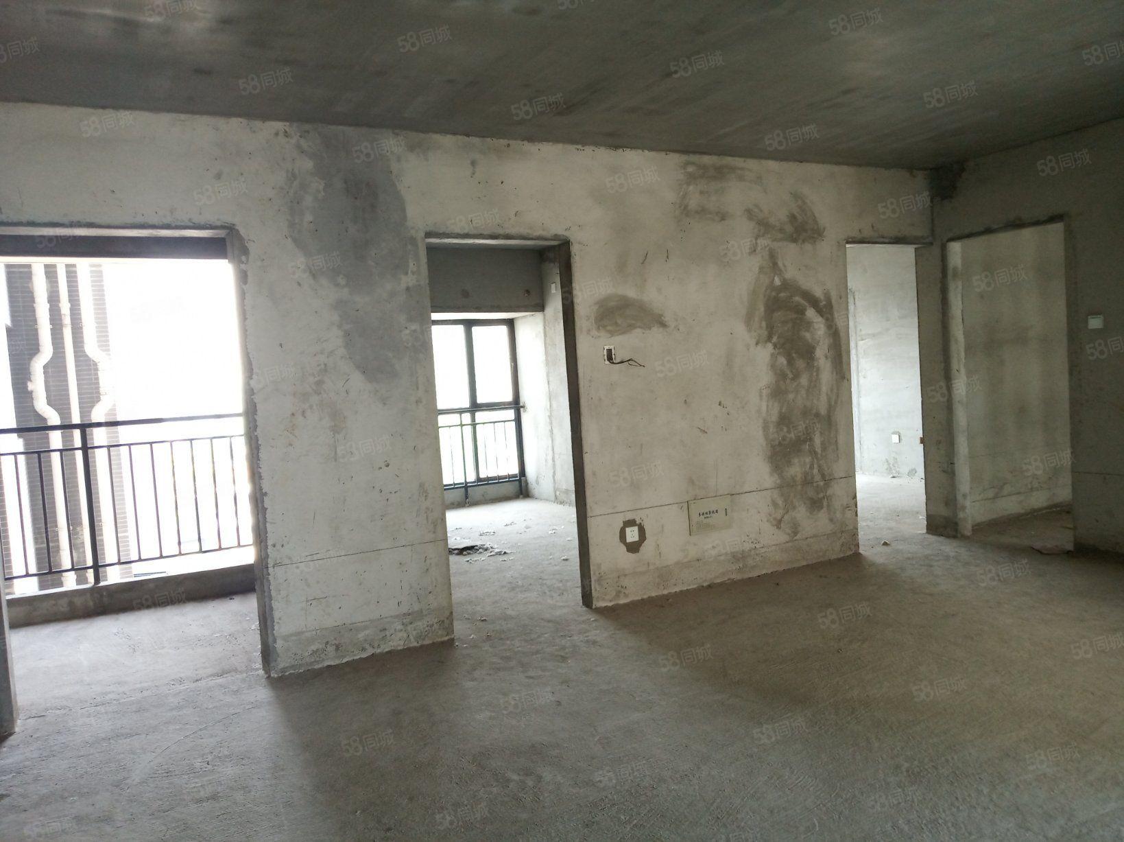 汉江新城拙政园3室2厅1卫2阳台115带超大入户花园