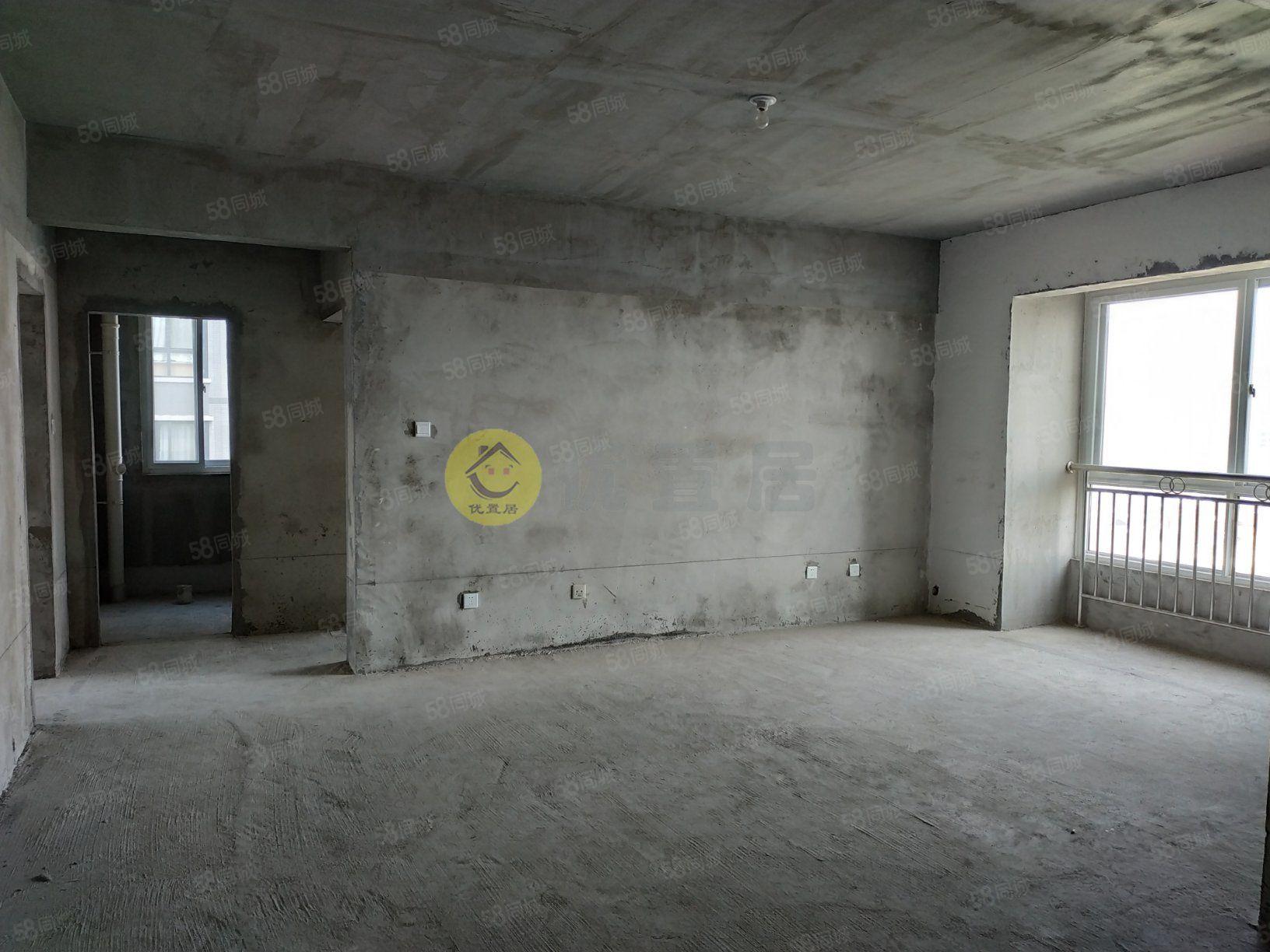 優置居房產售仁和春天電梯好樓層大兩室兩廳