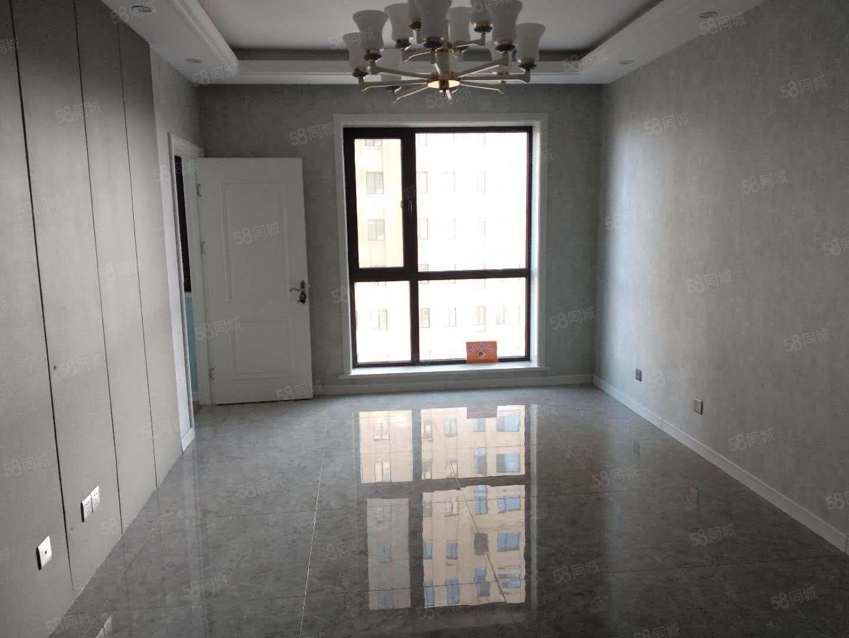 抢房子蓝湾国际电梯中层3室2厅1卫仅售53.8